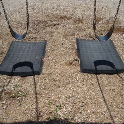 OEM Products: Wear-Pads, Swing Mats and Rubber Curbs / Edging