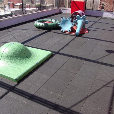 West Side Montessori School Rooftop Playground